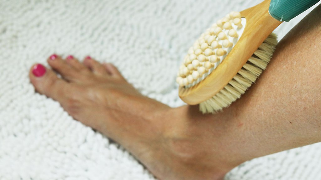 dry-brushing-feet-first