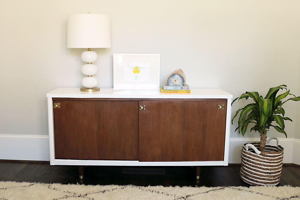 Before After Lacquer Mid Century Modern Credenza Makeover Darling Darleen A Lifestyle Design Blog