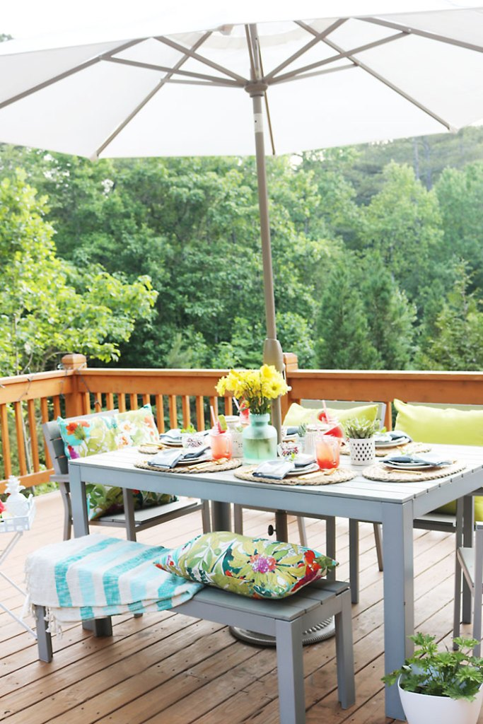 10 Tips For The Perfect Outdoor Backyard Party