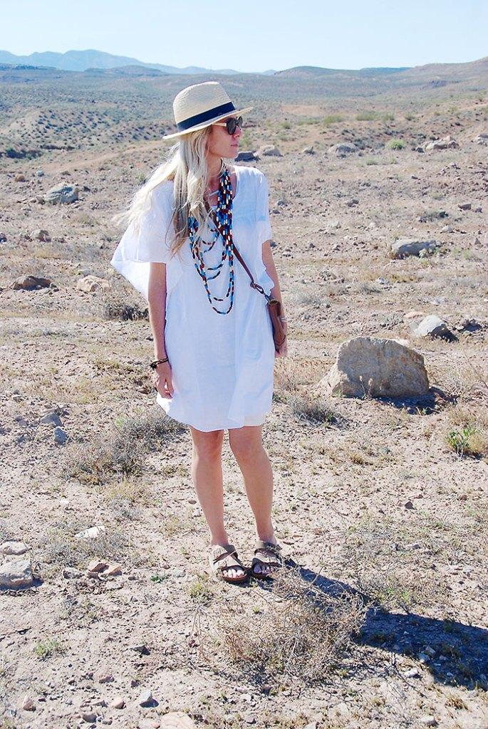 this-way-that-way-white-dress-desert