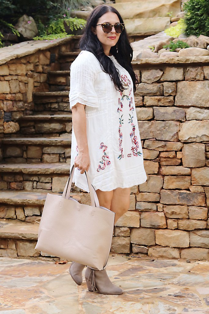 white-cotton-dress-with-boots