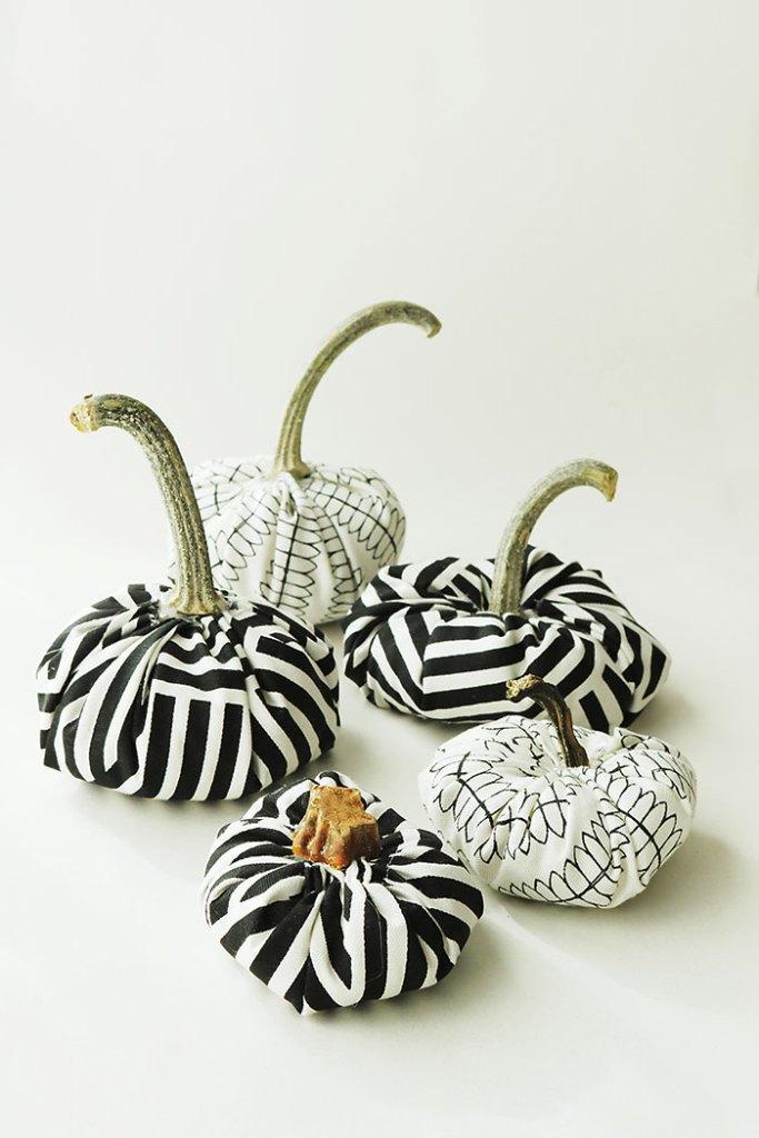 diy-fabric-pumpkins-pinterest, diy-fabric-pumpkins-with-real stems,diy-fabric-pumpkins-with-words, diy velvet pumpkins, fabric pumpkins how to, fabric pumpkins tutorial, modern pumpkins made with fabric