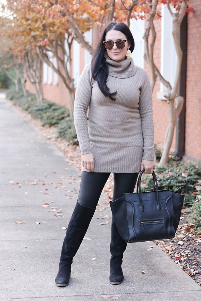 fall-fashion-with-black-leather-leggings
