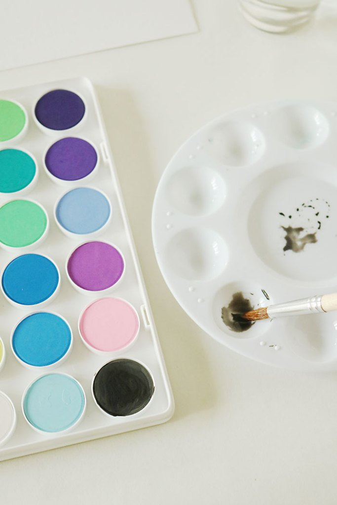 watercolor-painting-project-mixing-colors