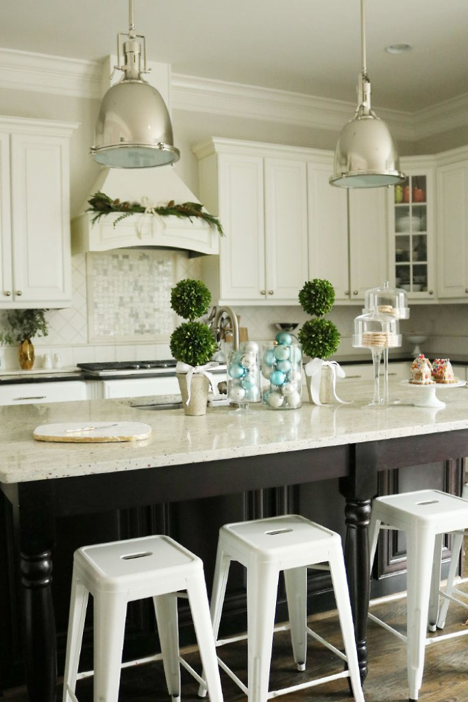 decorating a kitchen island for christmas. Black Bedroom Furniture Sets. Home Design Ideas