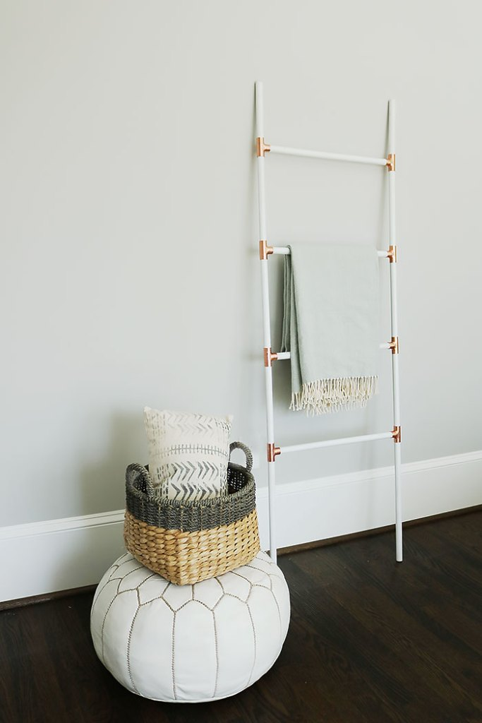 diy modern blanket ladder with copper and white, ladder blanket, diy ladder, how to make a ladder, easy ladder project, modern ladder