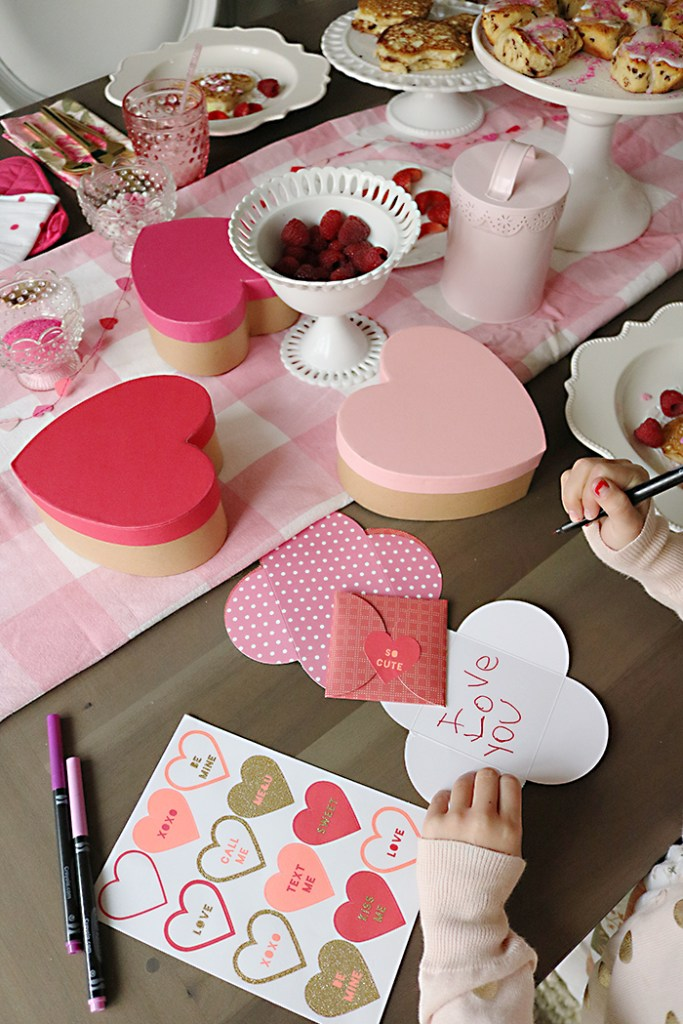 easy valentine's breakfast ideas for kids, heart-shaped pancakes, valentine's breakfast, valentines breakfast pancakes, valentines breakfast table, romantic, love making notes, valentines day breakfast decorations