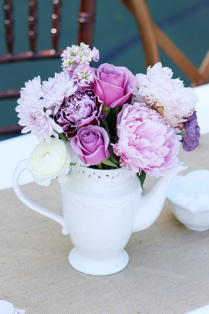 pink peony flowers in a tea pot for a Mother's Day tea party || Darling Darleen