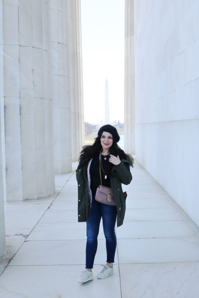 The One coat you need for an all-weather cold winter is a parka coat.  These are the best parkas for all-weather winter || Darling Darleen #darleenmeier #darlingdarleenblog #parkacoat #bestwintercoat