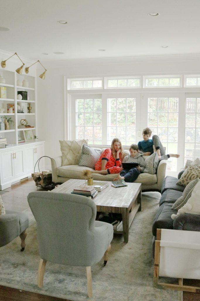 Help Big Kids Stay occupied during coronavirus outbreak with these fun indoor and outdoor activities!  || Darling Darleen Top Connecticut Lifestyle Blogger #coronavirus #bigkidactivities