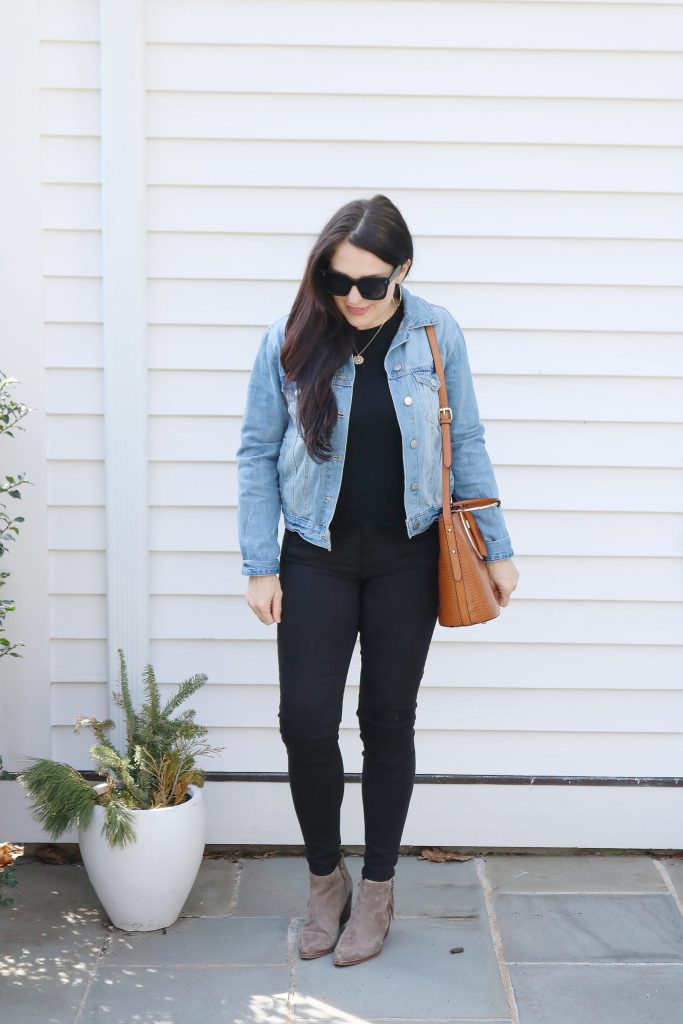 How to Style Denim Jean Jackets with these 4 Jean Jacket Outfit Ideas for an easy way to transition to spring   wearing jean jacket with black work outfit   Darling Darleen Top Lifestyle Blogger #jeanjacket #denimjacket #darlingdarleen #darleenmeier