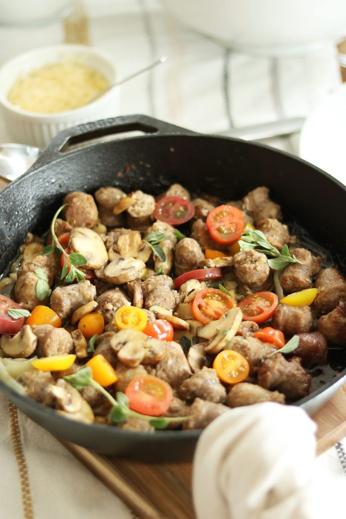 The healthiest, easiest and fastest way to cook Italian Sausage that is full of flavor and complement any pasta dish with Longhini Sausage.  Perfect for Family Italian Pasta Night    Darling Darleen #longhinisausage #darlingdarleen