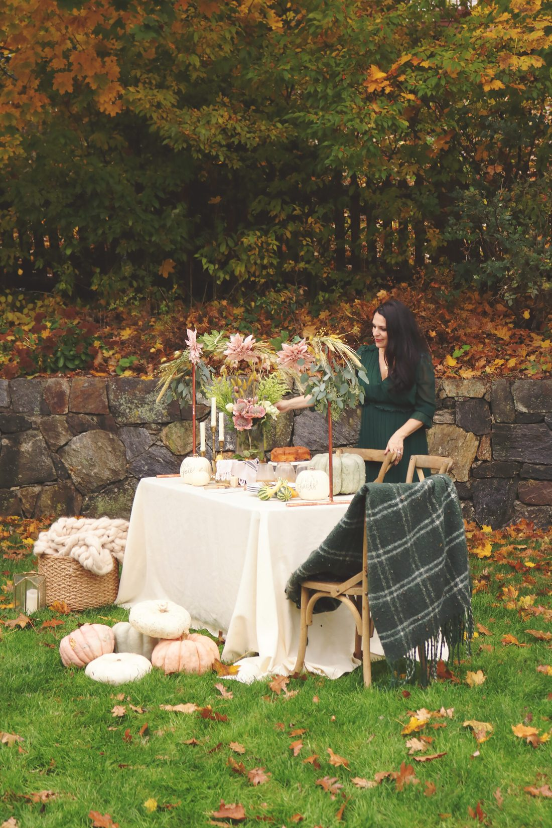 Outdoor Thanksgiving Table plus an easy DIY Over-The-Table Floral Rod to Make Your Thanksgiving Table a Feast to Remember and to use for all your festive holidays.  || Darling Darleen Top Lifestyle CT Blogger #thanksgivingtable #thanksgiving #darlingdarleen