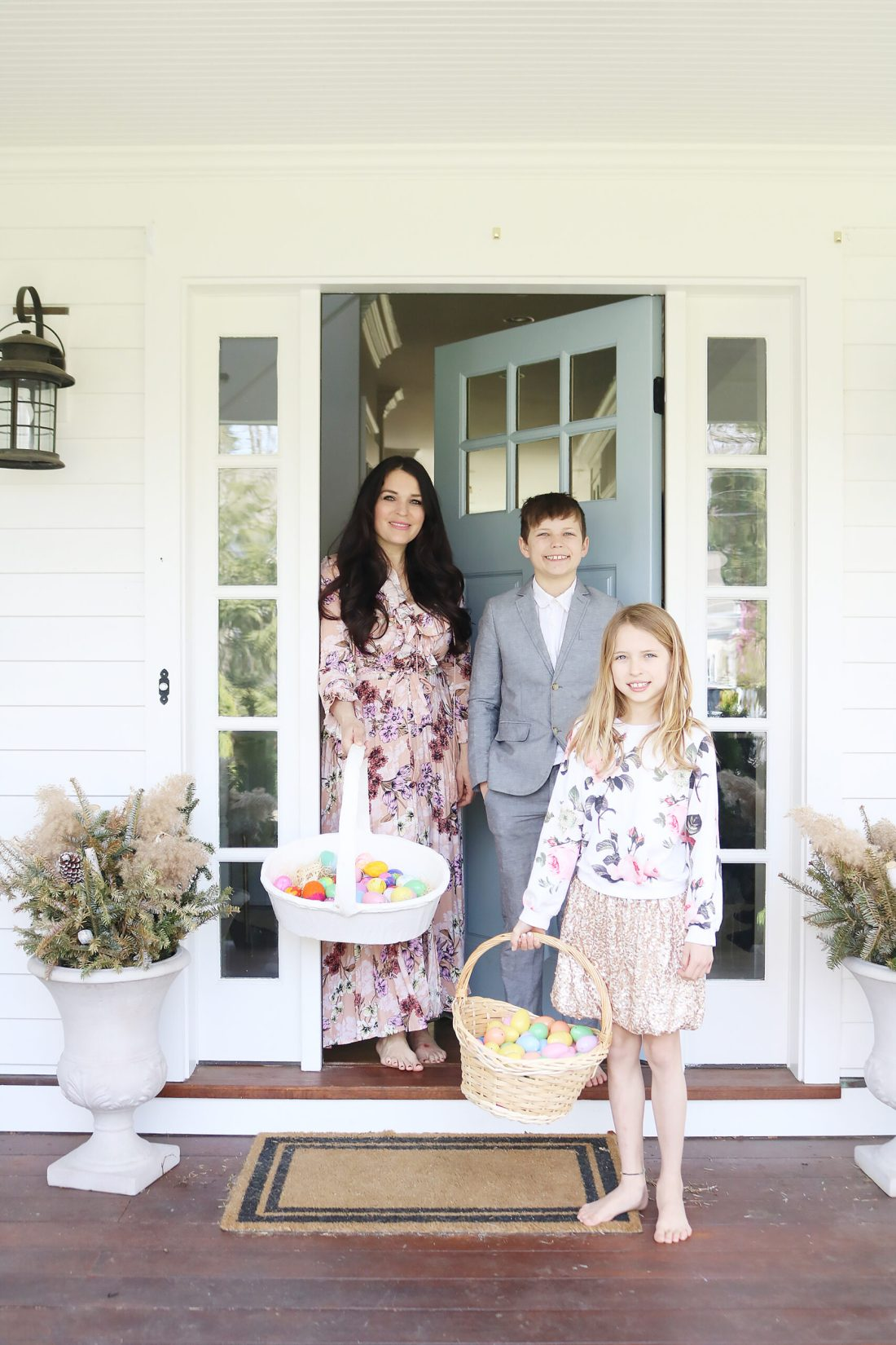 Easter Dresses This Season that are a little bit of lace, floral and pastel colors    Darling Darleen Top CT Lifestyle blogger #darlingdarleen #easterdresses