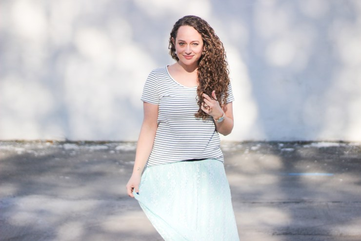 lularoe maxi skirt and classic tee