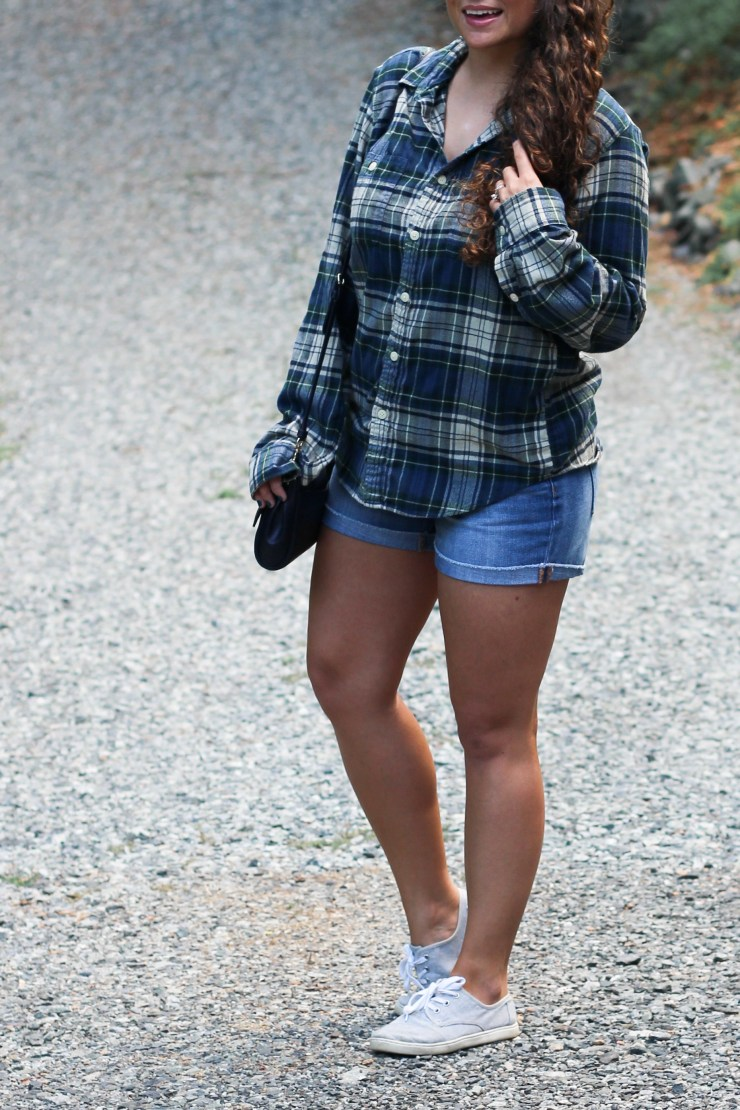 late summer outfit, long shelve and shorts, flannel and shorts