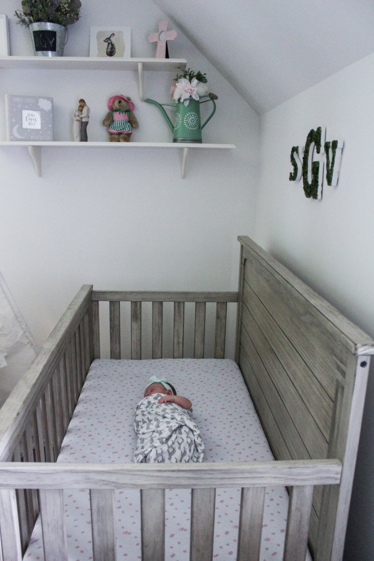 The best crib mattress for babies #newtonrest #breathe2believe #wakeuphappy