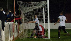 Graeme Armstrong scores the winner