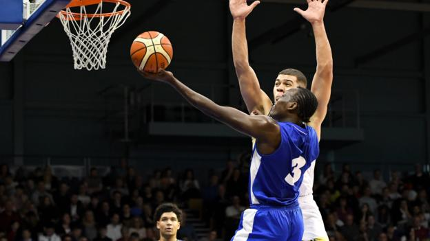 BBL Cup: London City Royals win at Worcester to top South group