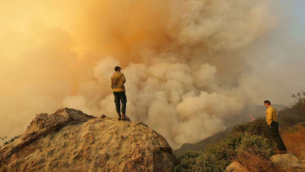 Evacuees expected home for Thanksgiving as wildfire is 20% contained