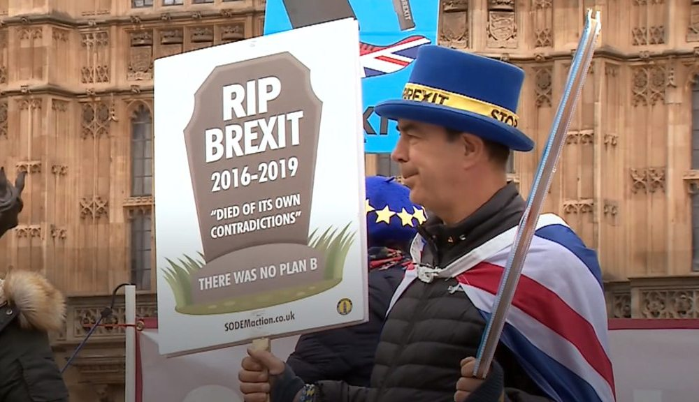 Brexit: Steve Bray vows to carry on 'Mr Stop Brexit' protest