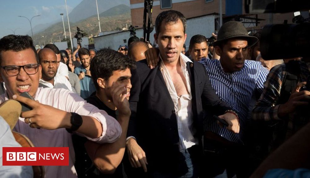 Trump Venezuela crisis: Juan Guaidó greeted with abuse after return from world tour