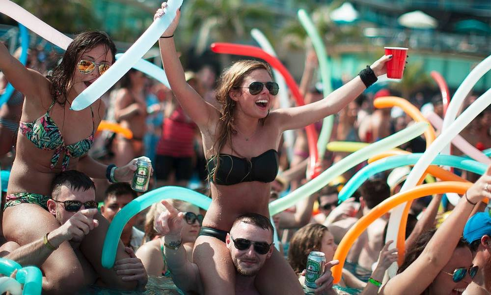 COVIDIOT: The latest slang people are using to describe spring breakers, toilet paper hoarders, and politicians during the coronavirus pandemic