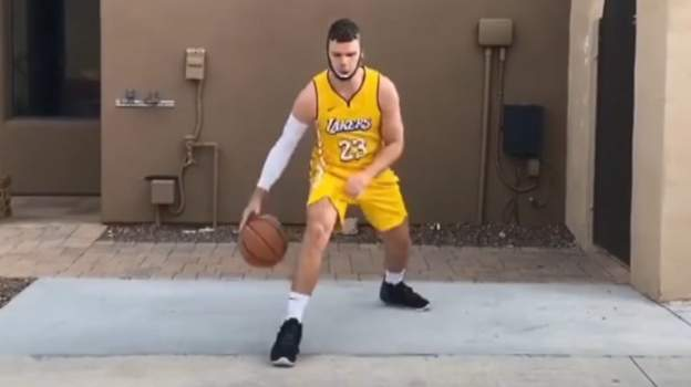 Sport 'My best one is LeBron' – the impersonator of NBA stars