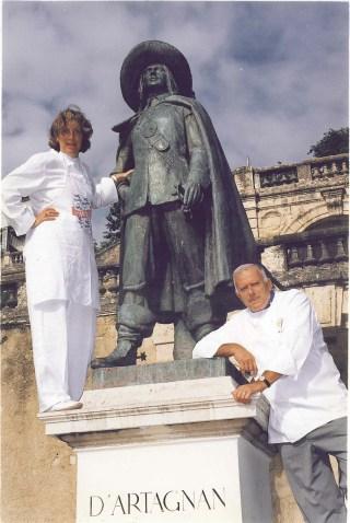 Ariane, Father, D'Artagnan Statue