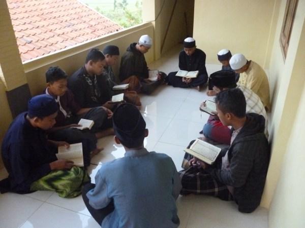 Tips Cara Menghafal Al Quran di Pesantren Tahfidz