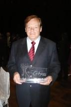 Dary Bonomi Avanzi com Prêmio Canasauro