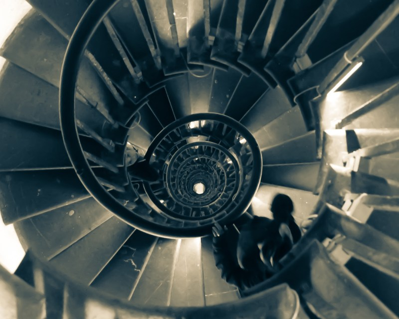 spiral staircase in the London monument