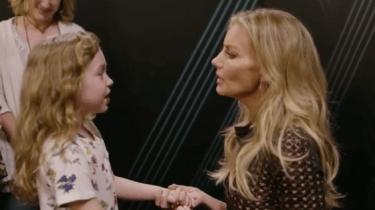 "Country superstar Faith Hill sings backstage with a tiny fan named, ""Rosie."" Together, they sing Hill's hit, ""Mississippi Girl."""