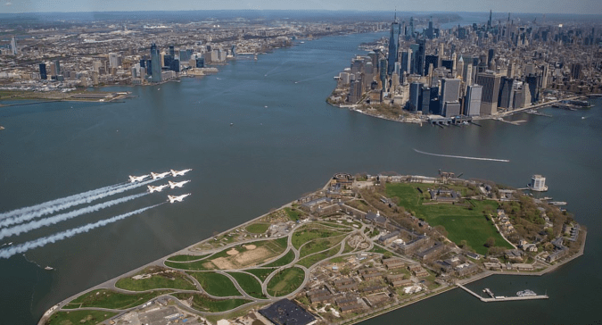 What it looked like from the air as the Blue Angels and the Thunderbirds approached New York City.