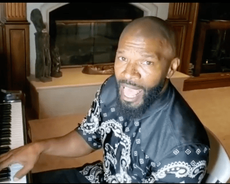 Jamie Foxx serenades Khaled Ellis thanks to a special request from husband Devale Ellis.