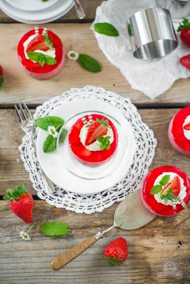 Erdbeersahnetörtchen