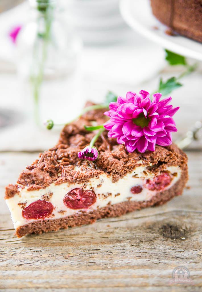 Schoko-Kirsch-Streuselkuchen