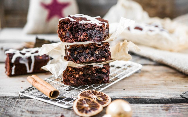 Lebkuchen Brownies – zu Gast bei Law of Baking