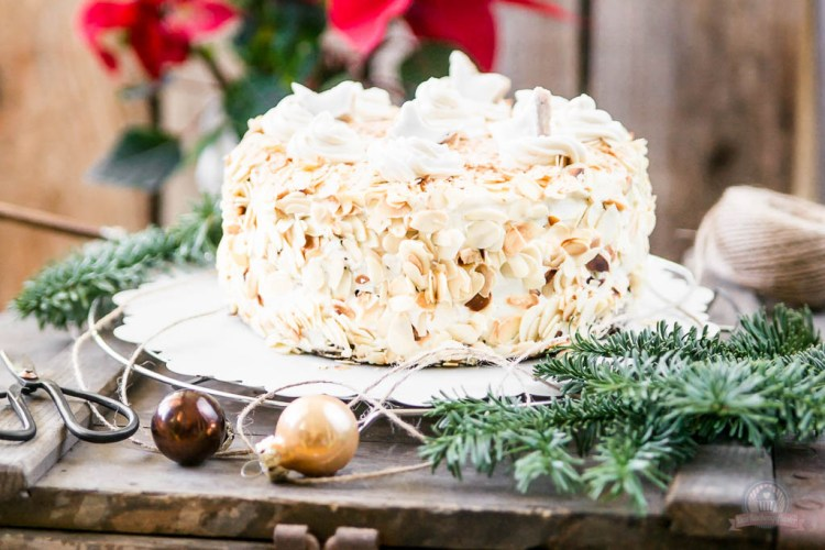 Zimtstern-Baileys-Torte – ein festliches Weihnachtstörtchen…