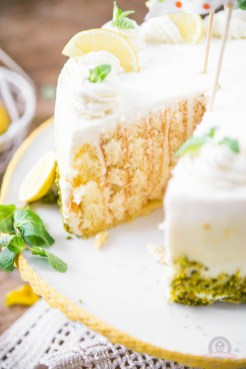 Lemon Curd Wickeltorte 10