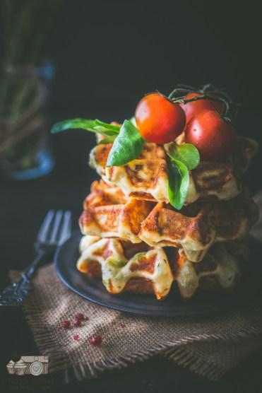 Spargel-Käse-Waffeln