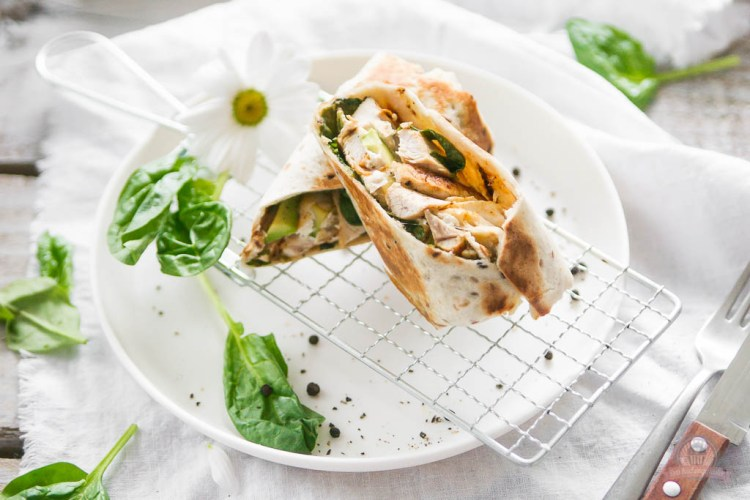 Avocado Chicken Burrito – Frühlings Blog Hop [Sponsored Event]