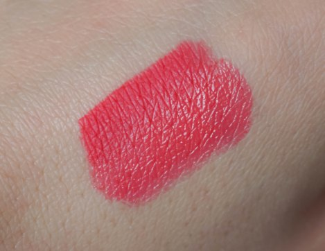 Swatch- Color Click lipstick 03, Fine Art lip pencil 03