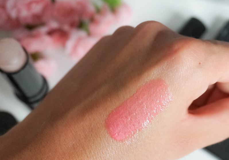ICONIC LONDON- Lip Gloss in shade 'Pink About It' swatch