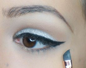 Create a cat eye. This step is important because then you'll know exactly where your cut crease has to be extended; KIKO Milano gel liner with Z 317