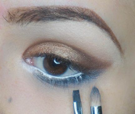 First apply soft gray shade right under lowe lash line and blend it softly (magnet with Sigma E30) and then apply darker gray eyeshadow with waterline liner brush really close to your lash line (dagger with Sigma E17)