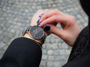 Daniel Wellington Classic Black Reading timepiece