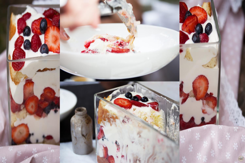 Trifle mit roten Beeren