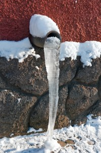 3 Tips to Avoid Dealing With Frozen Pipe Repair This ...
