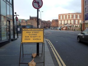 Glasgow High St traffic sign